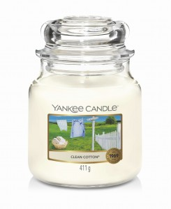 Yankee Candle CLEAN COTTON® (średni)